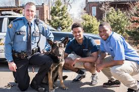 K9 Officer and Dog with Citizens